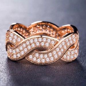 Jewelry - Rose Gold Criss Cross Diamond Ring